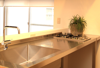 シンプルなキッチン空間